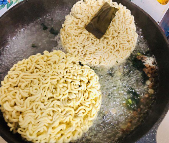 チャパグリ麺投入