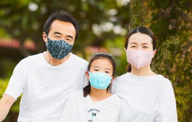 フライングタイガーマスク、家族写真